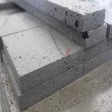 Естественный черный камень лавы с большими отверстиями и малюсенькими отверстиями