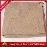 Manta hecha punto caliente del invierno de acrílico marrón sólido del color, manta del recorrido de la línea aérea
