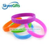 Disegno reso personale Debossed/braccialetto stampato del silicone
