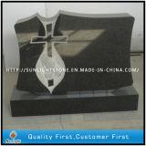 黒い花こう岩記念物のための直立した記念碑の墓石