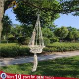 編むロープはプラントバスケットを作った