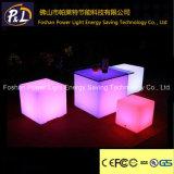 Lumière solaire &#160 de jardin ; Cube allumé par DEL rougeoyant en RVB