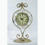 L'oggetto d'antiquariato di disegno del basamento decora l'orologio di arte del metallo del girasole