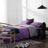 Katoenen van 100% Beddegoed Van uitstekende kwaliteit die voor Huis/Hotel wordt geplaatst