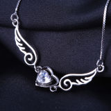 Alas del ángel de la plata esterlina de las mujeres con el collar pendiente cristalino en forma de corazón