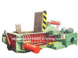 Machine de emballage hydraulique de déchet métallique