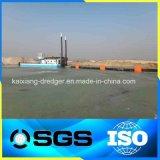 Scherblock-Absaugung-Sand-ausbaggernde Maschine im Fluss