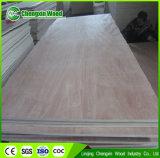 madera contrachapada de Okoume de la base del álamo de 12m m para la decoración de los muebles