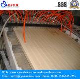Perfil do PVC que faz a linha de produção do perfil da máquina/PVC para o indicador do PVC e o frame de porta