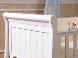 Кровать младенца шпаргалки младенца белого цвета деревянная (M-X1021)