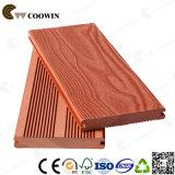 Decking en plastique en bois Anti-UV extérieur de bois de construction