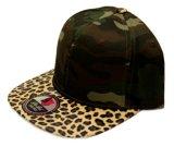 Chapeau personnalisé de Snapback de modèle avec le bord de cuir de léopard