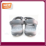 Nuevos zapatos de la sandalia de la playa del verano de la manera