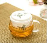 Alta taza de té del vidrio de Borosilicate con la infusión de cerámica