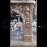 Camino di marmo Mfp-1021 del calcio dell'oggetto d'antiquariato del camino del granito del camino di pietra del camino