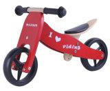 """7 """" 1つの赤に付き木のバランスのバイク2つ"""