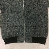 رجال يؤزّ نمو فوق صوف طبقة في رياضة ملابس [فو-8760]