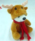 Het Speelgoed van de pluche draagt het Stuk speelgoed van Kerstmis