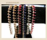 Neue fantastische Kettencup-Kette des rhinestone-2016 mit Farben-Perle