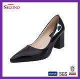 Nuovi sandali delle donne dell'unità di elaborazione di brevetto del nero di disegno