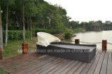 Lounger ao ar livre usado piscina de Sun do Rattan da mobília com dossel