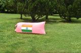 Amusement et facile de gonfler le sac de couchage gonflable de déplacement de bâti de sofa de Laybag à vendre