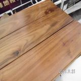 Uso interno revestimento grande gravado da madeira contínua da acácia da folha