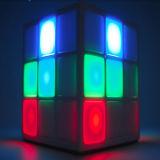 Würfel Bluetooth Lautsprecher-Minisport drahtloser Bluetooth Lautsprecher der Fabrik-Preis-neuen Produkt-4 Oberflächen-LED helles Rubiks
