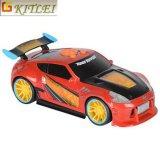 O plástico modelo do brinquedo das crianças do projeto do OEM caçoa o carro