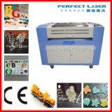 Machine de gravure chaude de découpage de laser de CO2 de non-métal de vente Pedk-160100