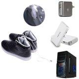 LED 스포츠 단화 번쩍이는 운동화를 비용을 부과하는 남자 USB
