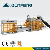 機械(QFT10-15)を作る自動コンクリートブロック