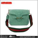 Nouveaux sacs à main d'épaule de couleur pleine de femmes à la mode