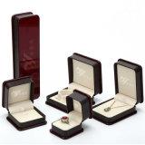 Casella di plastica di Jewellry di colore della Borgogna con il coperchio della vernice