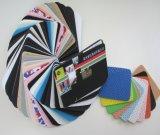 Kinder machen farbigen Schwamm EVA-Schaumgummi in Handarbeit