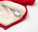 겨울 의복을%s 서쪽 체중을 줄이는 소녀 아이들 외투