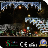 屋外の通りのクリスマスの装飾LEDの休日のスカイラインの装飾ライト