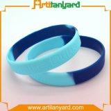 Wristband all'ingrosso personalizzato del silicone di modo