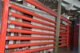 赤い塗られたUL FMの消火活動鋼管