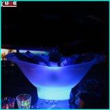 Mobilia ed arredamento e benna di ghiaccio illuminati delle piantatrici con il LED