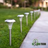Iluminación de tierra al aire libre solar colorida del LED con los postes