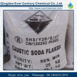 Промышленные хлопья каустической соды 99%Min ранга упаковали в мешке 25kg