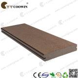 중국 공급자 튼튼한 단단한 나무 플라스틱 합성 Decking (TW-K02)