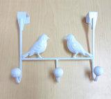 Uccello fresco di stile sopra l'amo della decorazione del portello