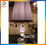 Europäische Art-Tisch-Lampe mit Gewebe-Lampen-Farbton