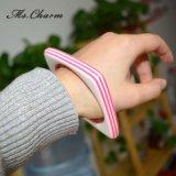 De witte Roze Vierkante Holle Betekenis van de Juwelen van 2015 Nieuwe van de Manier van de Kleur van het Suikergoed Acryl Unieke Armbanden van de Armbanden van Ontwerp 5A Bijoux Femme