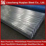 El color cubierto o galvanizó la hoja de acero acanalada dura llena del material para techos