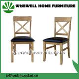 カシ木家具のレストランの椅子