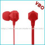 Fone de ouvido estereofónico da em-Orelha colorida nova do estilo 2015 com cabo liso