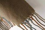 Signore eleganti guarnite plaid enorme surdimensionato che anche gli scialli e gli involucri della coperta per le donne